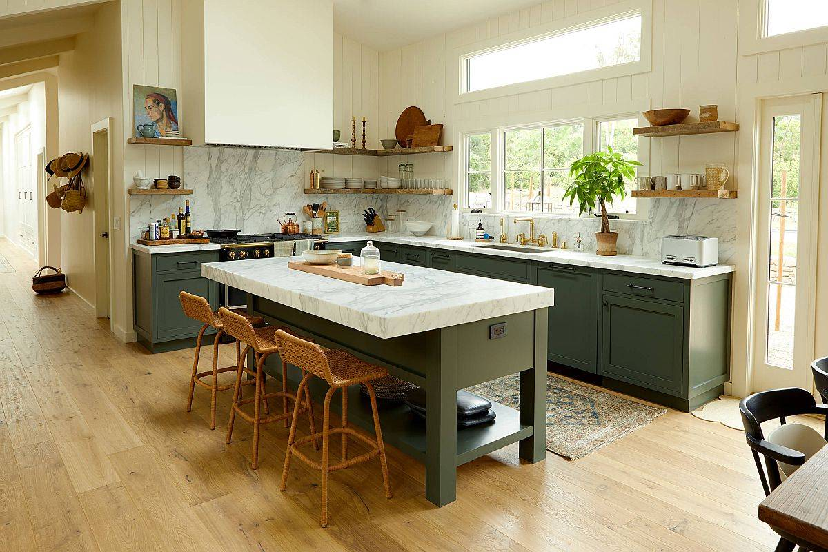 Clerestory-windows-bring-both-natural-light-and-heat-into-the-kitchen-without-creating-heat-loss-89985