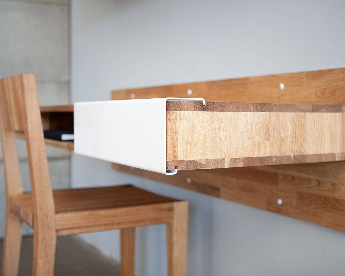 Closer-look-at-the-slim-and-stylish-wooden-floating-desk-that-is-perfect-for-the-small-home-office-59048