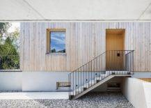Covered-entrance-of-the-home-beautifully-combines-concrete-with-wood-53754-217x155