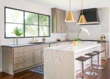 Dazzling-pendants-add-golden-metallic-glint-to-this-kitchen-in-neutral-hues-43299-217x155