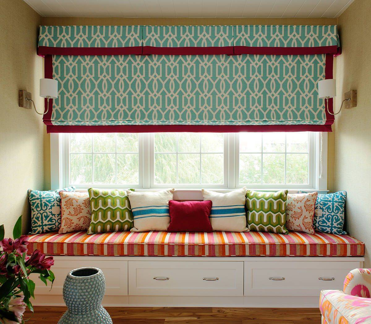 Delightful-window-seat-in-the-family-room-brings-colorful-personality-to-the-space-65725