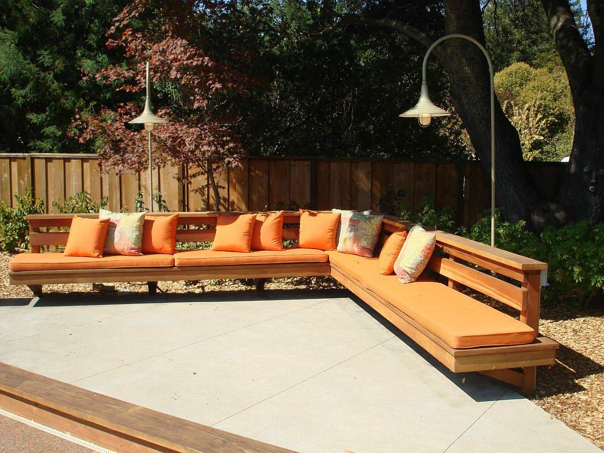 Finding the right space for the built-in outdoor bench