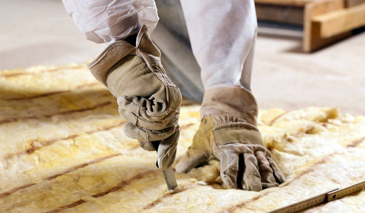 Insulate-your-attic-to-prevent-heat-loss-and-reduces-energy-bills-this-fall-and-winter-51377