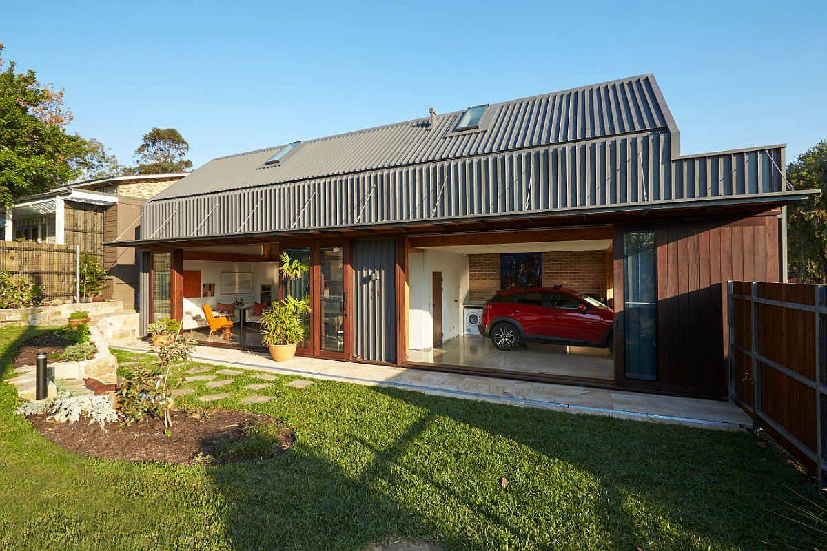 Metal-and-brick-sceondary-home-that-serves-the-owners-well-all-year-long-35752