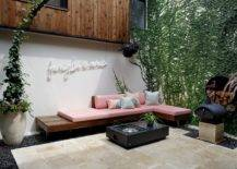 Slim-and-stylish-wooden-built-in-bench-for-the-small-contemporary-backyard-80732-217x155