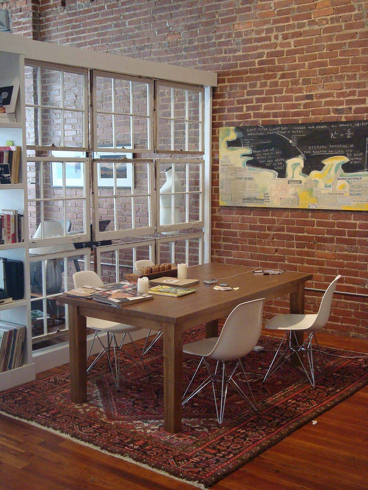 Small-industrial-dining-room-and-living-area-is-separated-by-reclaimed-wooden-windows-partition-76274