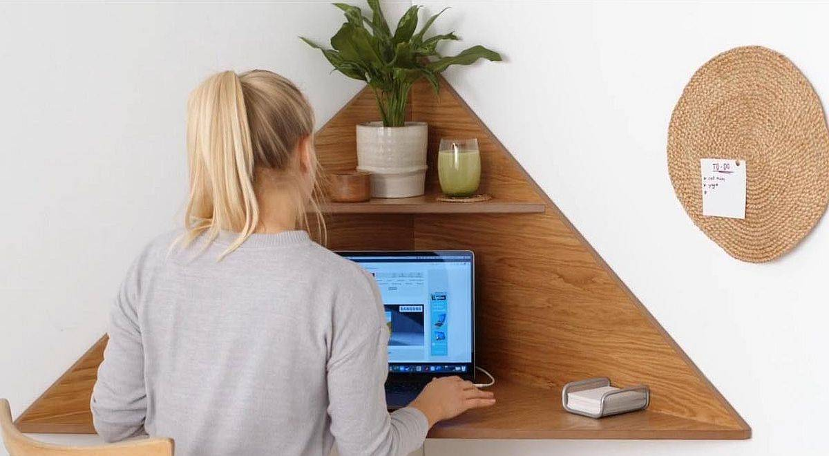 Small-upper-shelf-can-be-used-as-a-decorative-space-if-needed-65879