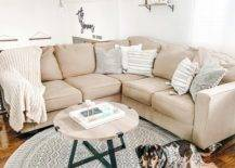 How to Choose the Right Size Accent Rug for the Living Room
