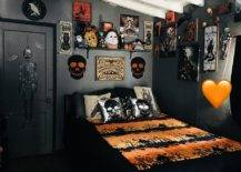 Dark-backdrop-of-teh-ebdroom-make-sit-perfect-for-Halloween-decoration-13346-217x155