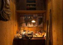 It-is-hard-to-imagine-small-rustic-home-offices-getting-tinier-than-this-21307-217x155