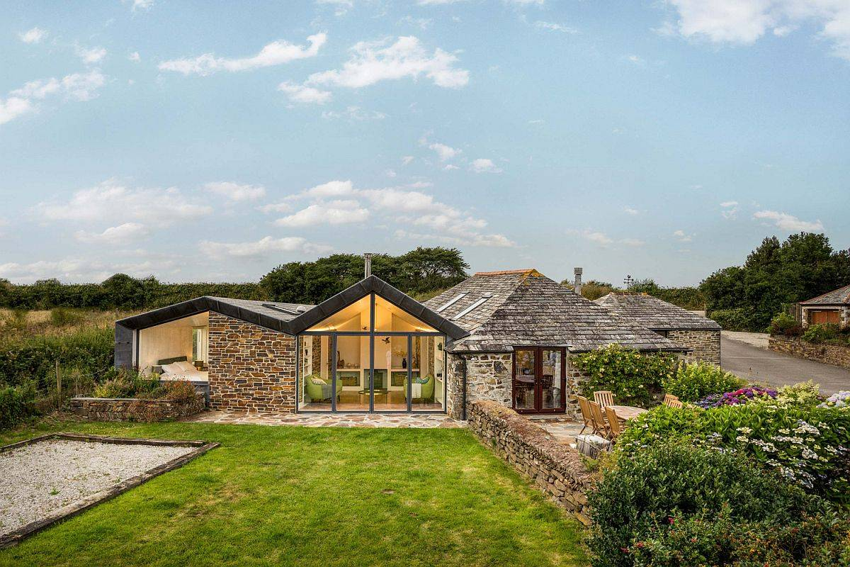 Stone Walls and Scenic Views Welcome You at this Timeless Cornwall Home