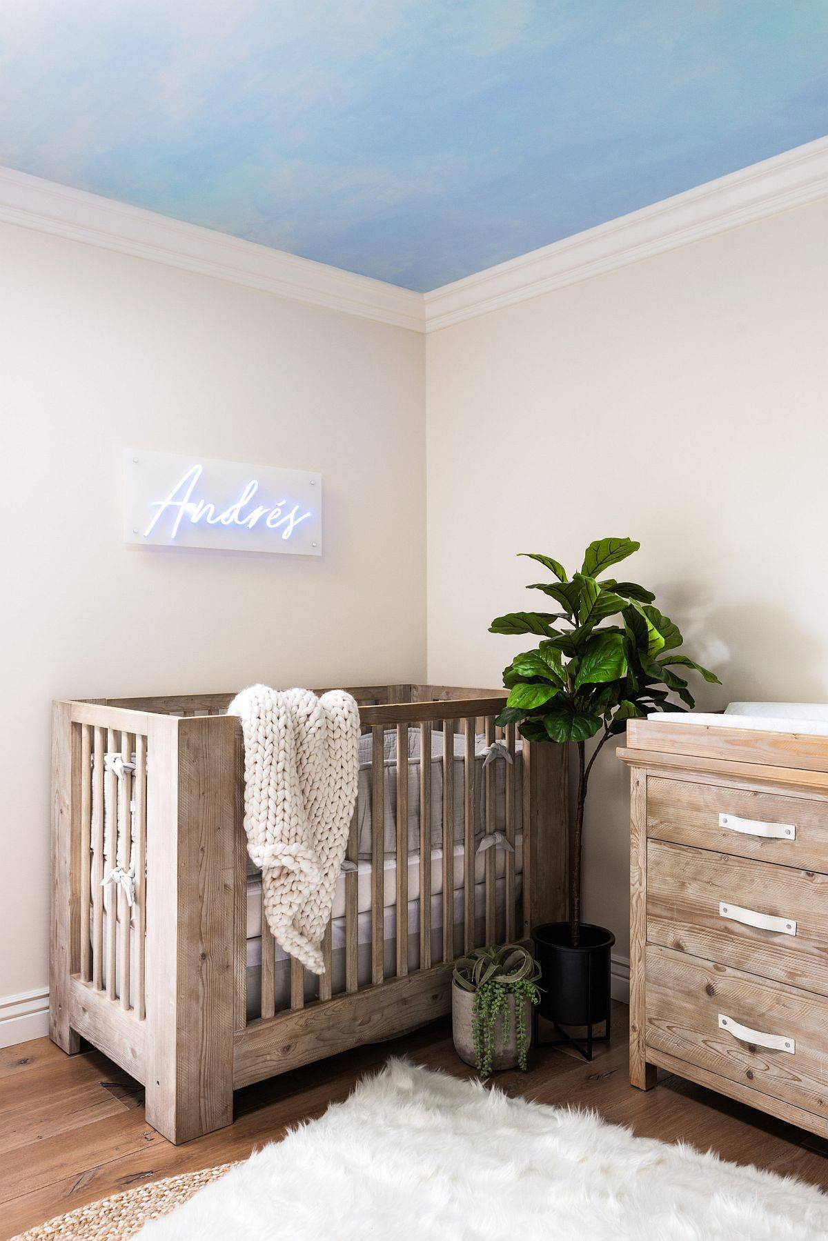Spelling-out-the-name-of-your-little-one-in-bright-lights-for-a-trendier-nursery-61276